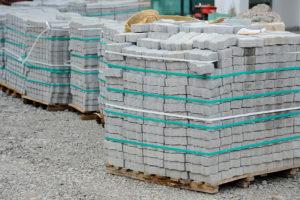 Wie viel kosten Kalksandsteine für eine Mauer?