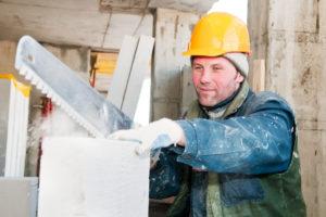 Kalksandstein schneiden – die passenden Geräte
