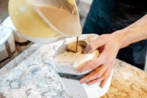 Keramik gießen – das sind die Schritte