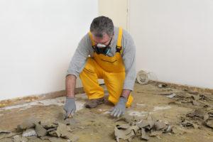 Korkboden entfernen – mit diesen Tipps gelingt es schnell und einfach