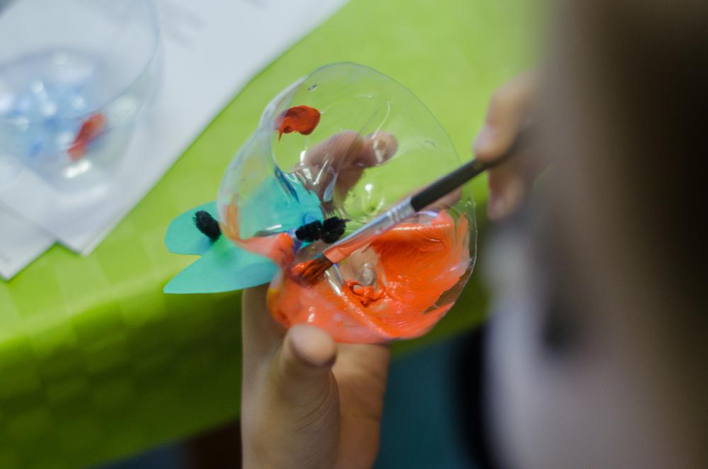 acrylfarben-auf-plastik