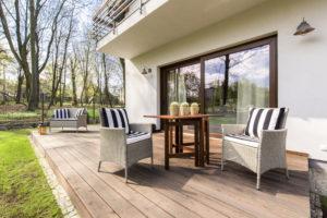 Balkon oder Terrasse – Wir erklären Ihnen den Unterschied