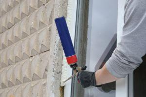 Fensterrahmen isolieren bei Neueinbau und im Bestand