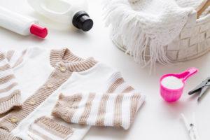 Flecken aus Wolle entfernen – so wird der Pullover wieder sauber