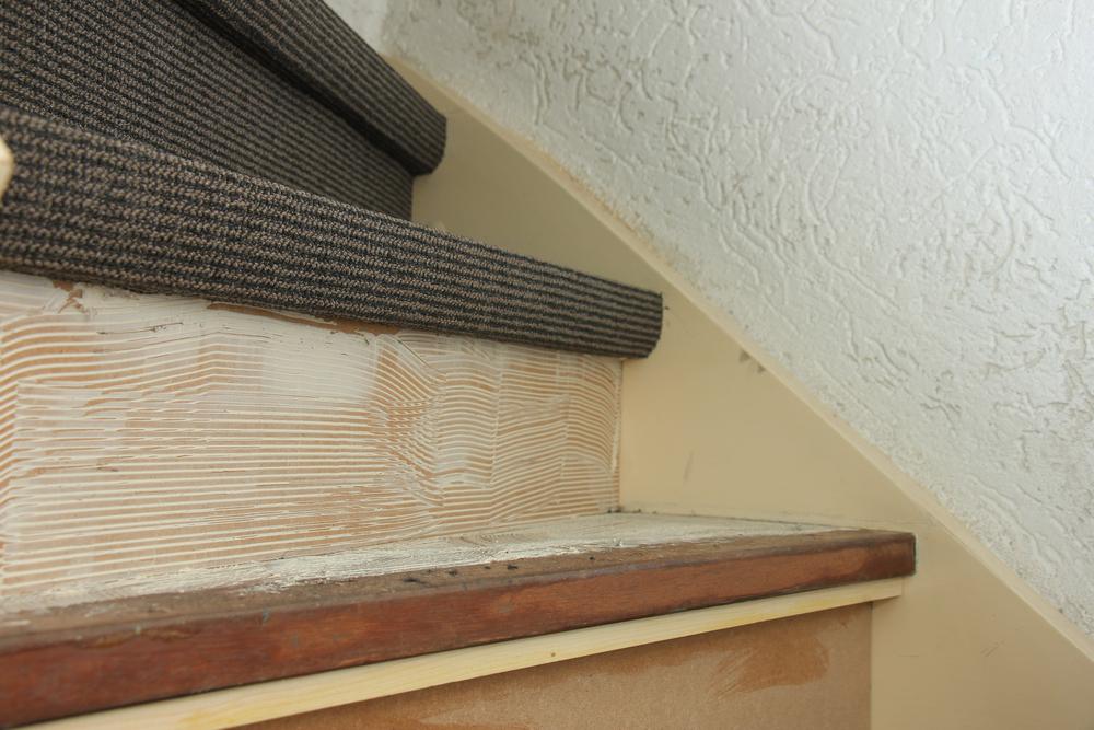 teppich-auf-treppe-verlegen