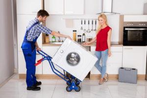 Waschmaschine liegend transportieren – Immer ein Risiko