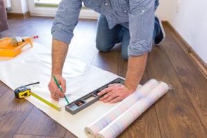 Rolladenkasten tapezieren – darauf sollten Sie achten