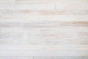 Das Holz kalken – So verpassen Sie Ihrem Holz einen modernen Look