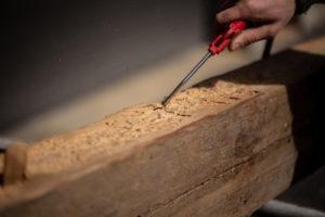 Holzwürmer im Dachstuhl sind immer eine ernsthafte Gefahr