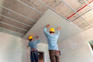 Zimmerdecke renovieren – die verschiedenen Möglichkeiten