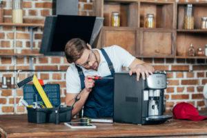 Lohnt sich die Reparatur der Kaffeemaschine in jedem Fall?