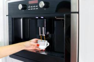 Die Brühgruppe im Kaffeevollautomaten fachgerecht fetten