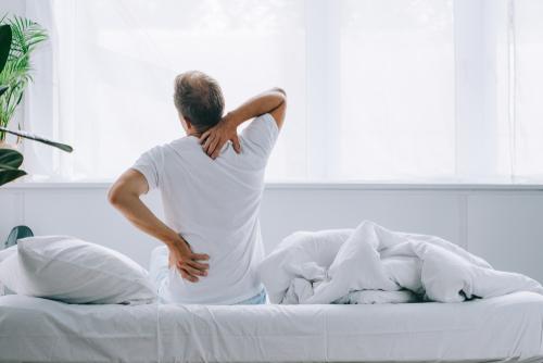 bett-rueckenschmerzen