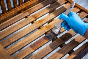 Eichenholz streichen – Tipps und Tricks
