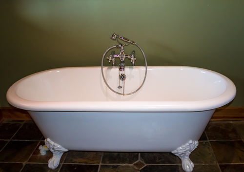 emaille-badewanne-neu-beschichten
