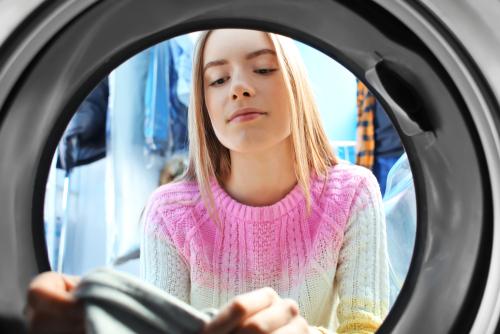 waschmaschine-macht-loecher