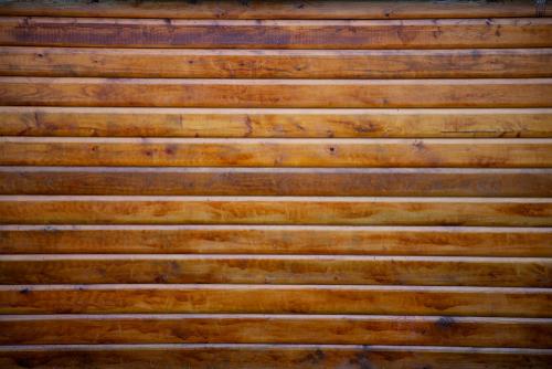 douglasienholz-streichen