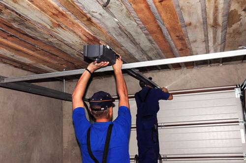 garagen-schwingtor-einstellen