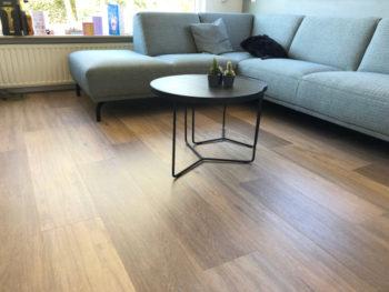 kratzer aus einem vinylboden entfernen so geht es. Black Bedroom Furniture Sets. Home Design Ideas
