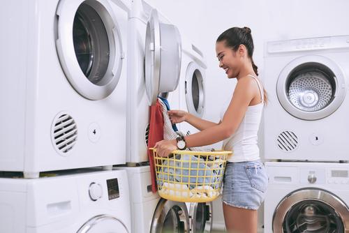 waschmaschine-auf-trockner