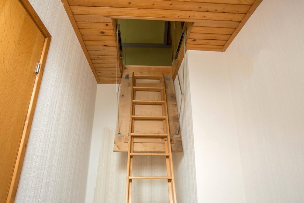 dachbodentreppe-einbauen-lassen