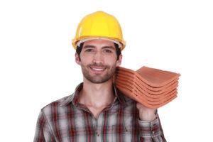 Stundenlohn eines Dachdeckers – Kosten vorab berechnen