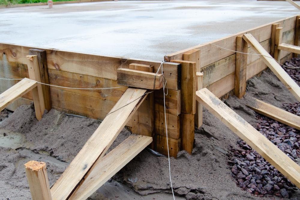 beton-mischen-fuer-fundamente-im-aussenbereich
