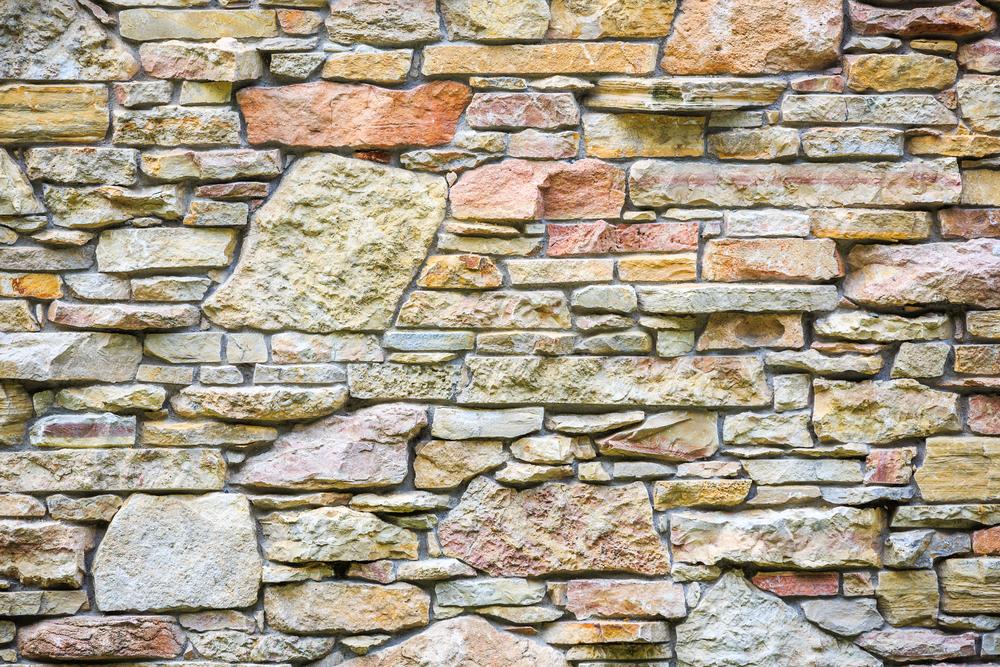 sandsteinmauer-bauen