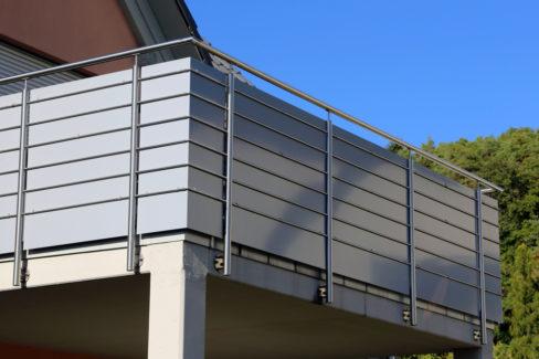balkon-sichtschutz-selber-bauen
